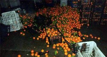 Sebze pazarında kundaklama şüphesi