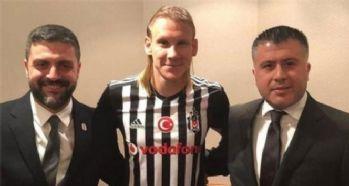 Domagoj Vida İstanbul'a geliyor
