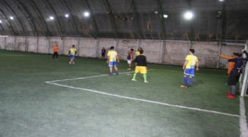 Şemdinli'de gençler arasında futbol turnuvası