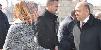 Başbakan Yardımcısı Fikri Işık Yüksekova'daydı