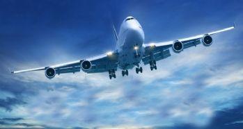 Kar yağışı nedeniyle bin 300 uçuş iptal