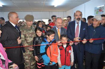 Yüksekova'da kayak kamp merkezi açılışı yapıldı