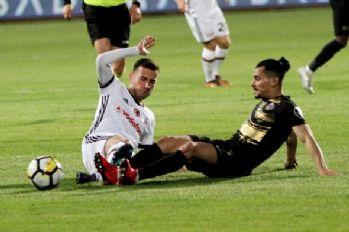 Flaş iddia! Beşiktaş imzayı attırdı