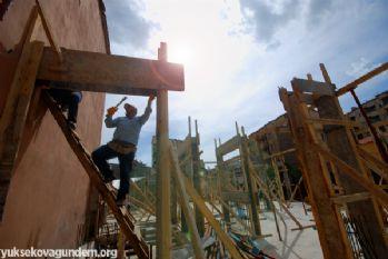 İnşaat İşçilerinin Oruçla İmtihanı