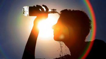 Aşırı sıcaklardan 54 kişi öldü