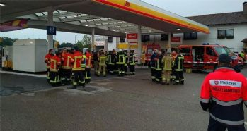 Almanya'da rafineride patlama: 8 yaralı