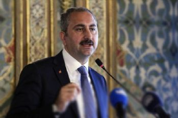 Adalet Bakanı: Hayvanlara eziyete hapis cezası