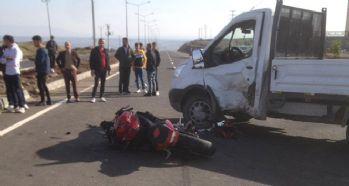 Cizre'de motosiklet ile kamyonet çarpıştı: 1 ölü
