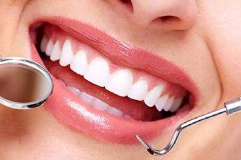 Ağızdaki en büyük tehlike 20 yaş dişleri