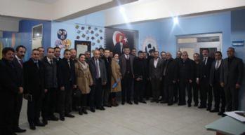 Yüksekova'da okul müdürleri ile toplantı