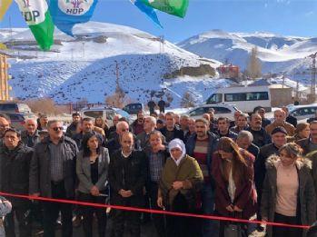 HDP, Esendere'de seçim bürosunu açtı