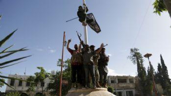Rusya: El Nusra İdlib'deki üssümüze saldırdı