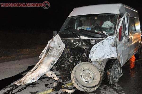 Yüksekova'da zincirleme kaza: 7 yaralı