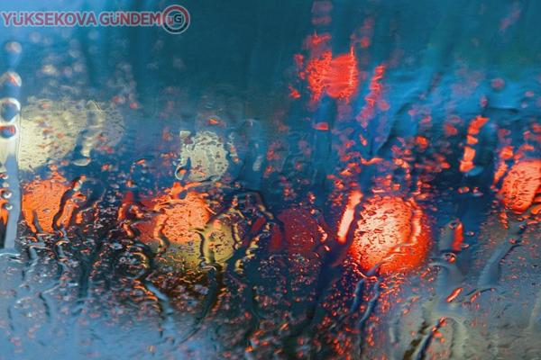 Meteorolojiden kuvvetli yağış ve çığ uyarısı