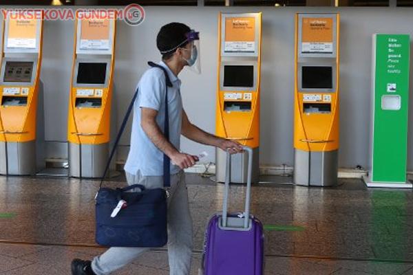 Almanya'dan Çin'e giden bir yolcuda virüs saptandı
