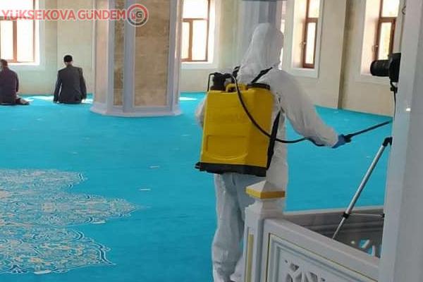 Hakkari'deki camiler dezenfekte edildi