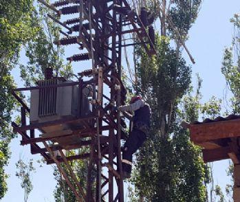 Keson kuyularının elektrikleri kesildi Yüksekova susuz kaldı