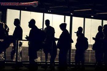 Ülkede işsiz sayısı 5 milyona ulaştı