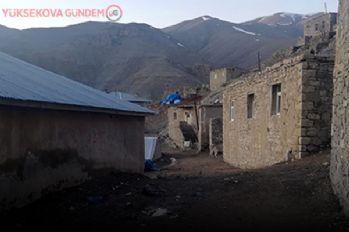 Van'da bir köy ve mezra daha karantina altına alındı