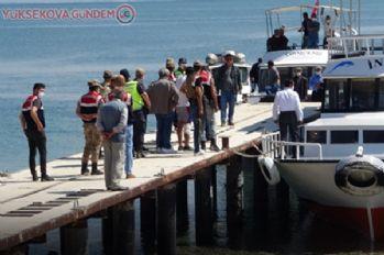 Van Gölü'nde alarm! Batan tekne ve içindekiler gölde didik didik aranıyor!