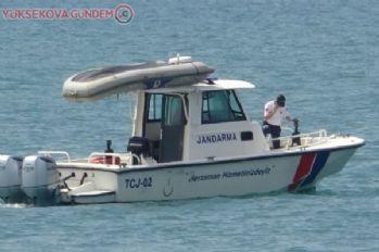 Van Gölü'nde kaybolduğu iddia edilen tekne ve içindekiler aranıyor!