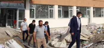 Müdür Canlı yapımı devam eden okul inşaatlarını inceledi